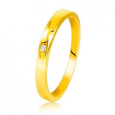 Диамантен пръстен от жълто злато проба 585 - леко скосени рамене, прозрачен брилянт