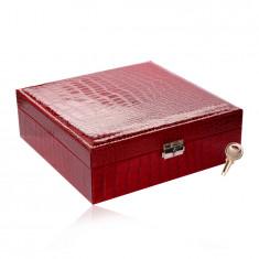 Правоъгълна кутия за бижута в червен цвят - имитация на крокодилска кожа, катарама, ключе