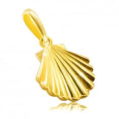 Златна висулка, направена от 9К жълто злато - морска мида, лъскава и гладка повърхност